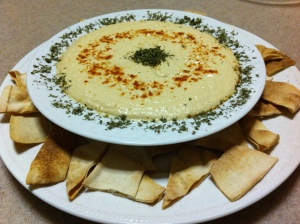 Hummus with Pita Chips